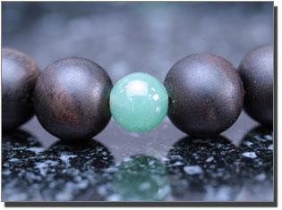 男性用数珠(京念珠) 縞黒檀/翡翠仕立ての通販・販売